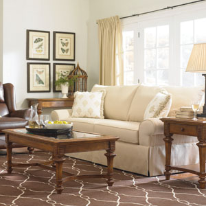 Thomasville Furniture Living Room Sofa And Tables