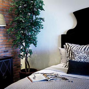 nyla simone home black and white bedroom