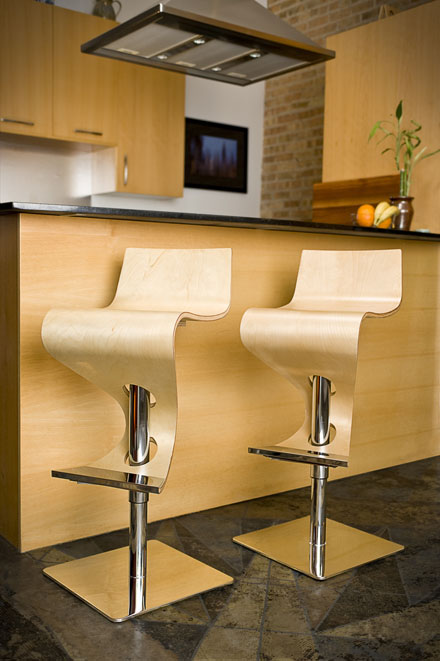 counter-chairs-natural-wood-lumisource