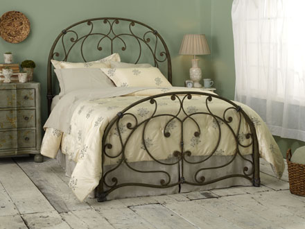 wrought-iron-bed-wesley-allen